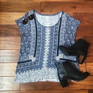 Lucky Brand Blue & White Patterned T-Shirt
